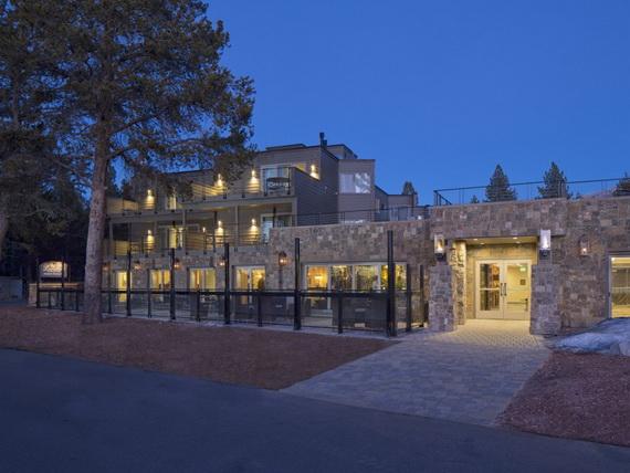 The-Landing-Resort-Spa-South-Lake-Tahoe-Calif-_01